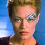 12 Essential Star Trek Voyager Episodes To Watch Before Picard Premieres